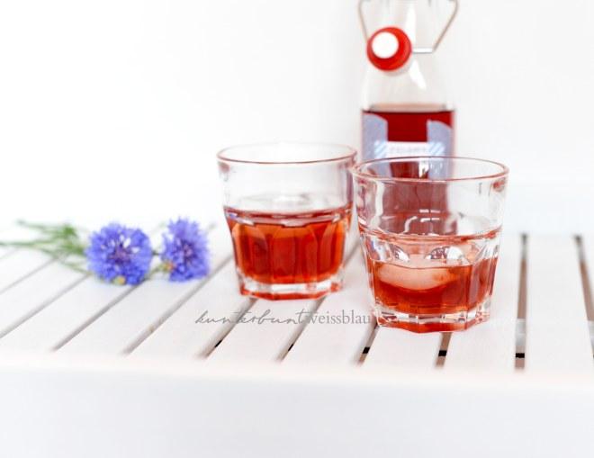 Erdbeerlikör mit Wodka