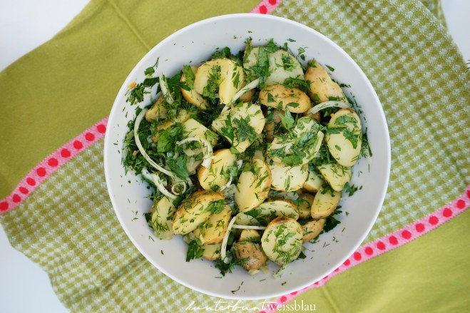 Kartoffelsalat_mit_Kräuter