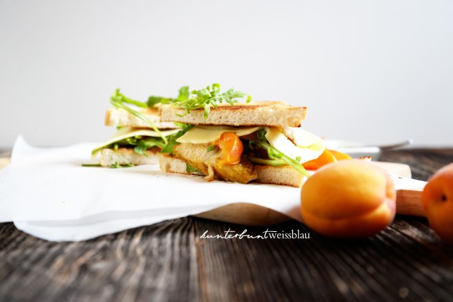 Sandwiches mit Aprikosen