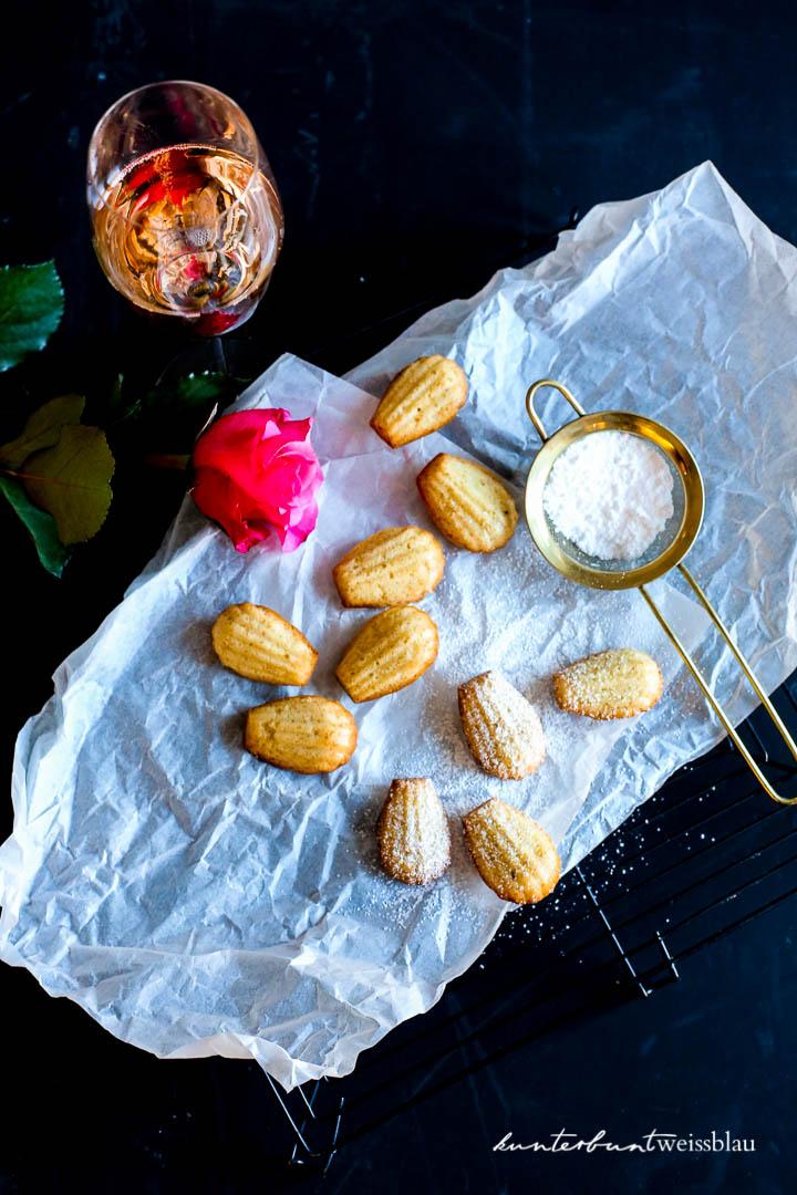 Knusprige Madeleines mit Rosato | kunterbuntweissblau I Food- und ...